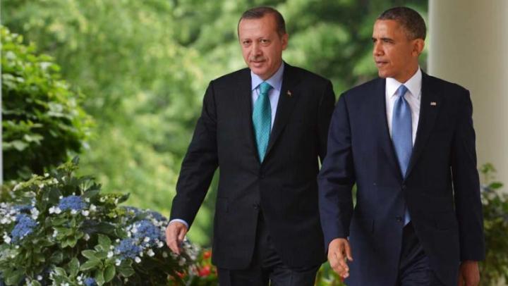 Turcia este pregătită să se alăture SUA pentru cucerirea orașului sirian Raqqa, controlat de Statul Islamic