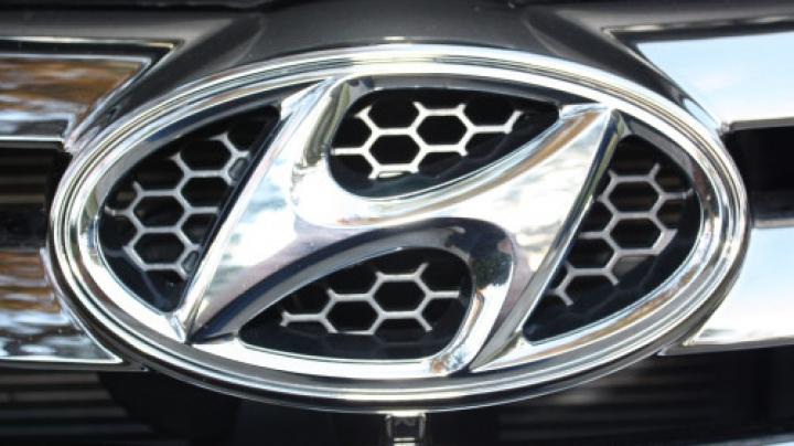 Hyundai pregăteşte o surpriză pentru Paris: Ar putea fi un rival pentru Volkswagen Golf GTI