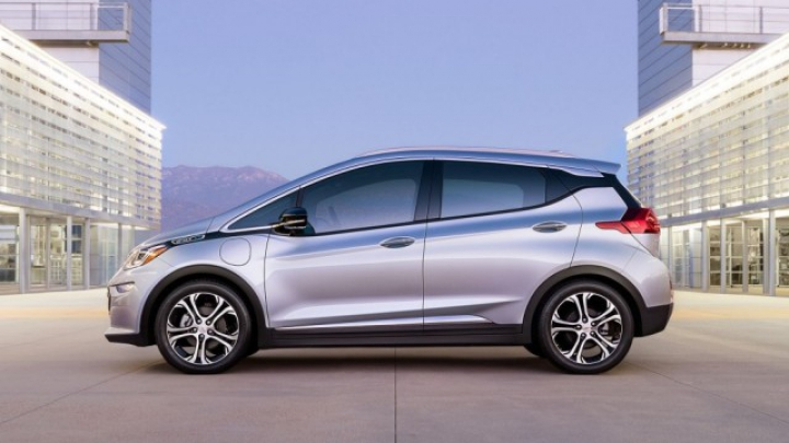 Electrica Chevrolet Bolt va costa sub 30.000 dolari