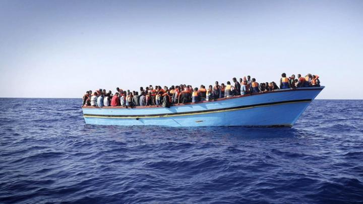 Gărzile de coastă italiene au salvat 1.800 de imigranţi din largul coastelor Libiei