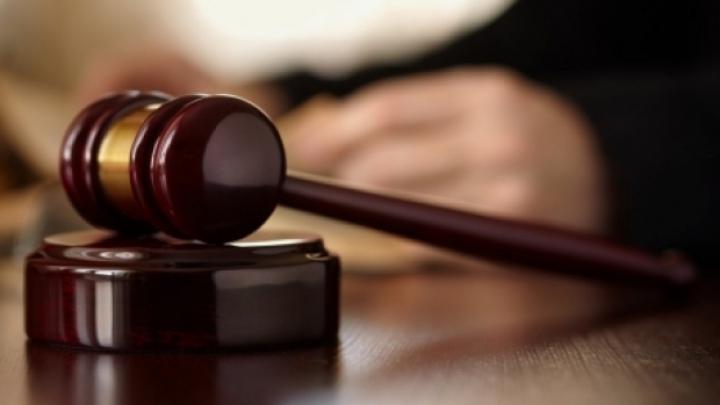ȘOCANT! O femeie, condamnată la 30 de ani de închisoare pentru înfometarea, torturarea și uciderea menajerei sale