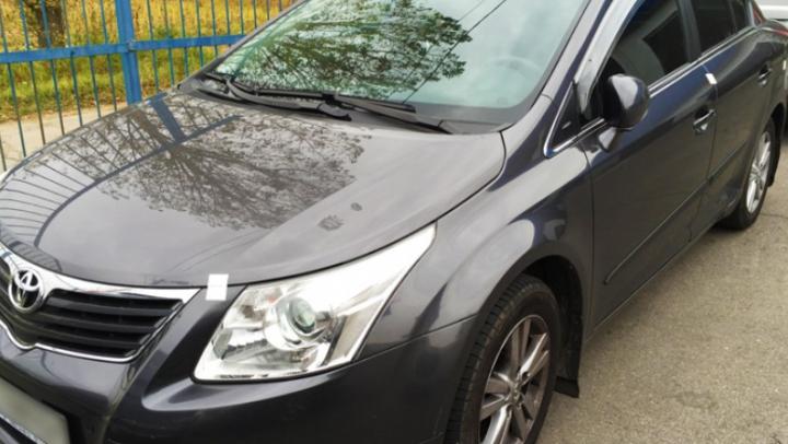 Maşină de circa 12.000 de euro, căutată de Interpol, descoperită la Leușeni. Cine se afla la volan