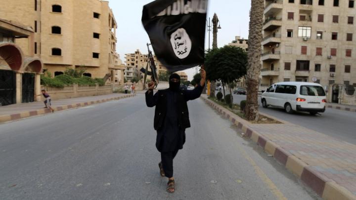 Adepţi ISIS în nordul Moldovei! I s-a propus să-şi vândă casa, iar banii să-i doneze grupării jihadiste