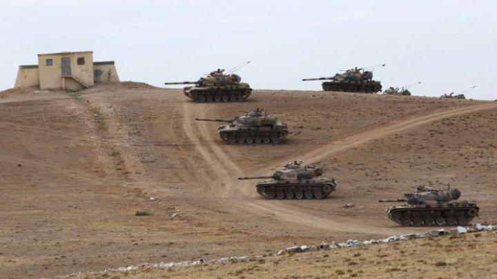 Tancuri ale armatei turce au pătruns pe teritoriul Siriei, deschizând UN NOU FRONT