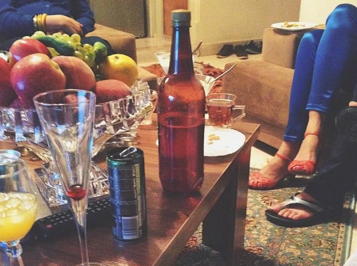 Petreceri private la Teheran: Ţigări, alcool şi lux (FOTO)