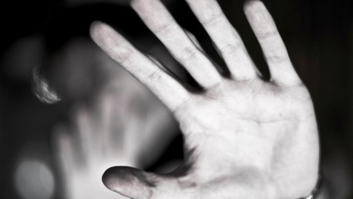 CALVARUL prin care a trecut o fetiță de 5 ani, abuzată sexual de un preot (FOTO)