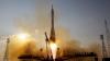 O rachetă rusească, lansată de pe cosmodromul din Kazahstan. Cosmonauţii vor efectua experimente