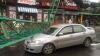 PANICĂ în Odesa! O macara s-a PRĂBUŞIT peste un automobil şi o cafenea (VIDEO)
