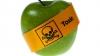 Metoda simplă prin care îndepărtezi pesticidele de pe coaja fructelor şi legumelor (VIDEO)