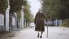 Bătrânii din ţară vor primi asistenţă socială şi medicală la domiciliu. Planurile Ministerului Sănătăţii