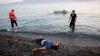 Cadavrele a cinci migranţi, recuperate din apele Mării Mediterane. Câte persoane au fost salvate