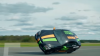 PERFORMANŢĂ INCREDIBILĂ! Record mondial de viteză la condusul unei mașini pe două roți