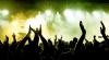 """Atmosferă incendiară la festivalul """"Hip-Hop Ş-aşa"""". Tinerii au dansat pe melodiile unor rapperi celebri"""