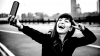STUDIU: Ce spun psihologii despre starea sufletească a adulţilor care obişnuiesc să-şi facă des selfie