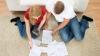 Învaţă să faci economii: 10 sfaturi pentru a scăpa de datorii