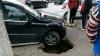 Ghinion pentru un şofer din Capitală: S-a surpat pavajul în locul unde şi-a parcat maşina (VIDEO)