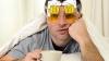 Cum îți revii rapid după o petrecere? Iată 10 trucuri care te scap de mahmureală