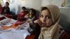 Anchetă BBC: Copii sirieni refugiaţi fac ILEGAL îmbrăcăminte pentru britanici. REACŢIA brand-urilor