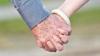 DECENII DE IUBIRE: Douăzeci de cupluri din Capitală au sărbătorit jumătate de veac de căsnicie