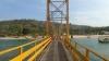 Cel puțin opt persoane au murit, iar alte 30 au fost rănite în urma prăbuşirii unui pod