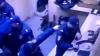 Un poliţist, ÎMPUŞCAT ÎN CAP de colegul său. MOMENTUL ÎN CARE OMUL LEGII APASĂ PE TRĂGACI (VIDEO 18+)