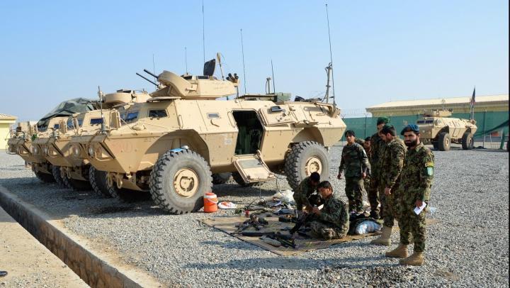 O bază militară din Kabul, ţinta unui individ necunoscut! Cel puţin un soldat a fost ucis