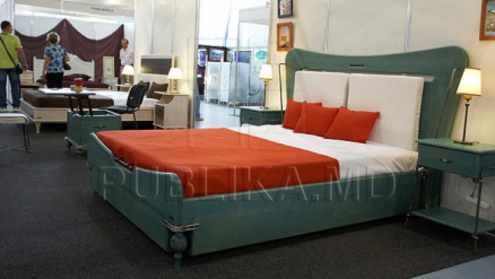 De ce să nu pui niciodată aşternuturi roșii sau negre pe pat