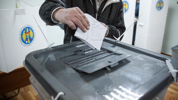 ALEGERI PREZIDENŢIALE. Profilul alegătorului şi rata de participare până la ora 16:00