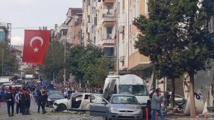 ATENTAT TERORIST la Istanbul! O maşină-capcană a explodat la o secţie de poliţie (VIDEO)