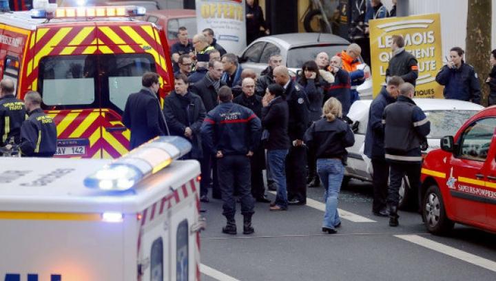 Atentate la Paris: Poliția a ratat de 13 ori să-i demaște pe viitorii autori ai atacurilor