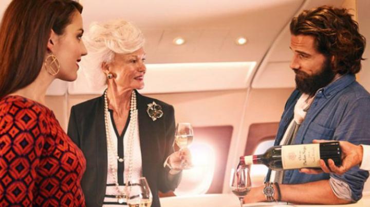 LUX INCREDIBIL: Ce îţi oferă un bilet de avion care costă 21.000 de dolari