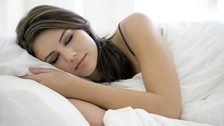 STUDIU: Femeile au nevoie de mai multă odihnă decât bărbaţii. Care este MOTIVUL