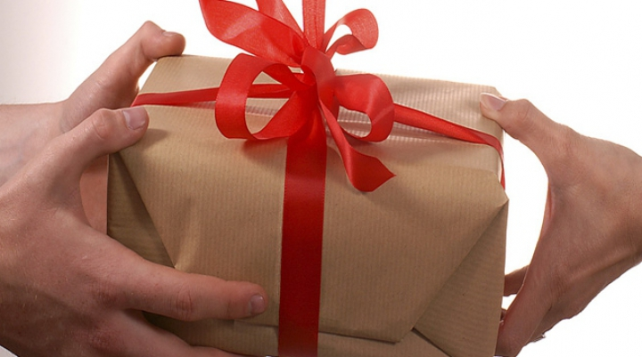 De unele bucură-te, de altele - apără-te! Cadouri pe care să NU le primeşti niciodată