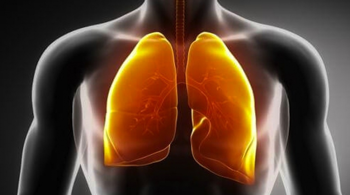 BINE DE ŞTIUT! Semnele care îţi arată că ai putea suferi de cancer pulmonar