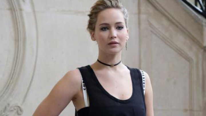 Jennifer Lawrence este îndrăgostită de regizorul Darren Aronofsky