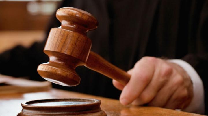 28 de VAMEŞI REŢINUŢI pentru acte de CORUPŢIE, în faţa instanţei. DECIZIA luată de magistrați