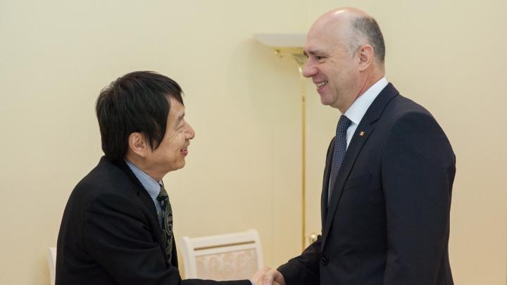 Premierul Pavel Filip s-a întâlnit cu ambasadorul Japoniei în Republica Moldova