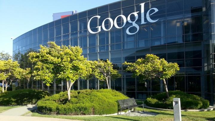 Un copil a acumulat o datorie de 100.000 de euro faţă de Google. Cum a reacţionat conducerea companiei