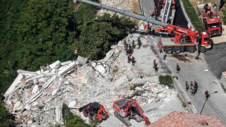 Italia: Guvernul va acoperi INTEGRAL costurile de reconstrucție după cutremurul din august