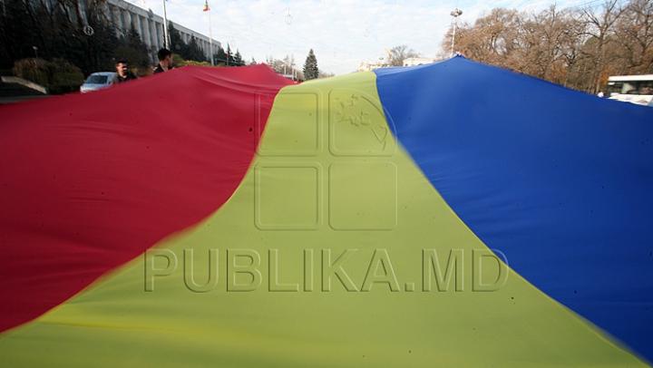 INCIDENTE la mitingul pentru unirea Basarabiei cu România (VIDEO)