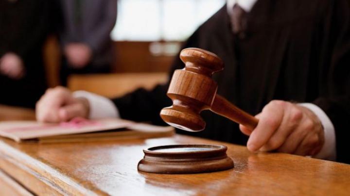 Magistraţi: Încătuşarea mai multor judecători a stârnit îngrijorare şi tensiune în sistem