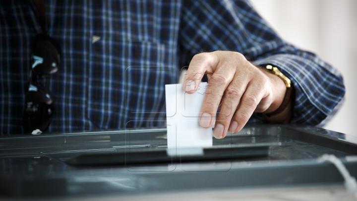 Diaspora VOTEAZĂ: Cu ce gânduri s-au prezentat la urne moldovenii din străinătate