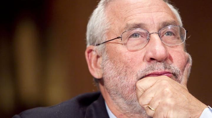 Laureatul Premiului Nobel pentru Economie: Italia și alte state vor ieși din zona euro în următorii ani