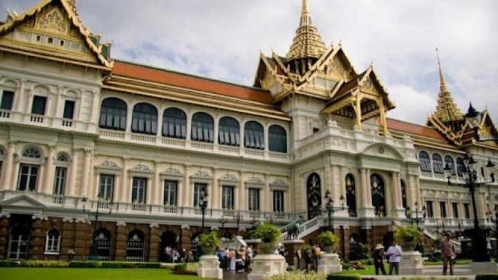 Doliu naţional de un an în Thailanda în legătură cu moartea regelui. Cine va lua locul monarhului