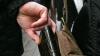RECOMANDARE: Ce trebuie să faci pentru a nu deveni victima hoţilor de buzunare