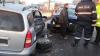Poleiul face victime în Capitală! Trei oameni, transportați la Urgență, după un accident rutier (FOTO)