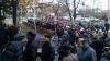 MOBILIZARE în stânga Nistrului. Mii de oameni stau la coadă să voteze la secțiile din Varnița (FOTO)