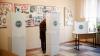 ALEGERI MOLDOVA, TURUL II: Au fost găsiţi 500 de euro într-o cabină de vot
