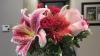 REACŢIE EMOŢIONANTĂ! O poză cu un buchet de flori trimis de un bărbat soţiei sale face furori pe Internet