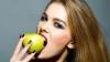 BINE DE ȘTIUT! Ce efecte au fructele asupra danturii